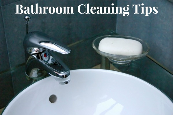 Bathroom cleaning tips tricks and how to s for Cleaning bathroom tips