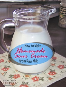 How to Make Homemade Sour Cream