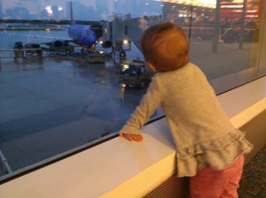 Travel with Baby: Simple Tips for Traveling with Babies Easily and Happily