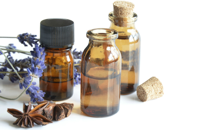 How to Use Essential Oils to Relieve Aches and Pains