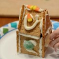 graham cracker gingerbread houses featured