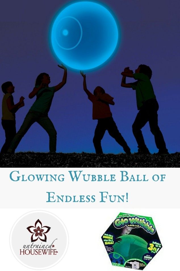 GloWubble Wubble Bubble Ball Review @UntrainedHW #play #kids