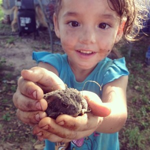 Playing outdoors and getting dirty keeps kids healthier and more active.