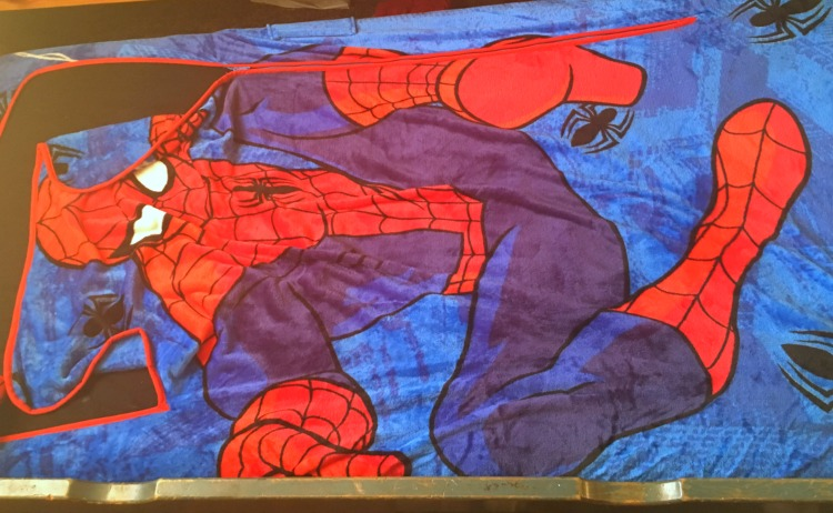 Luxury  spiderman zippy sack fits trundle beds perfectly